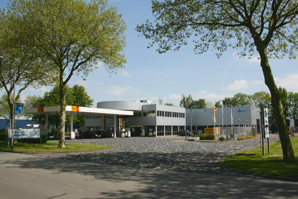 Van Staveren Gas station