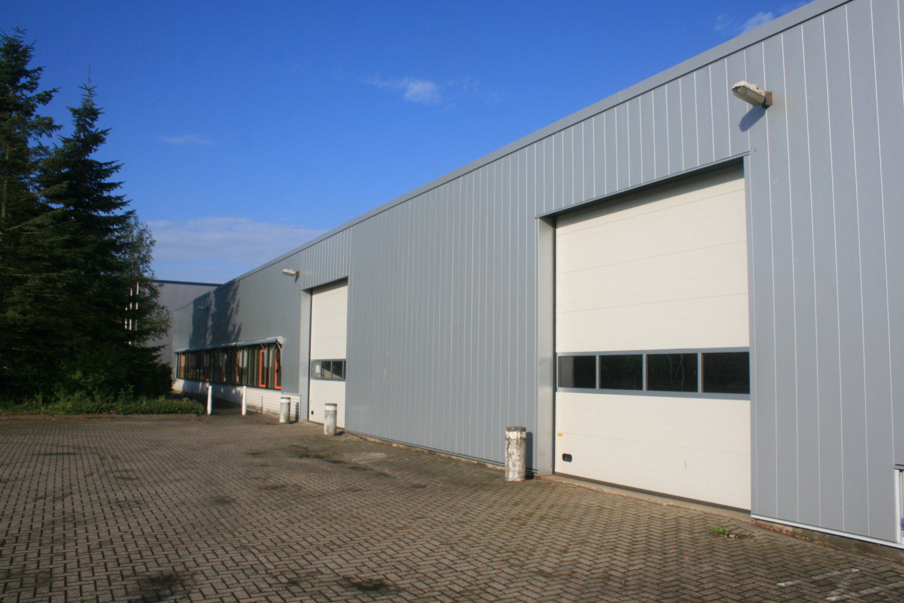 Refurbishment office/factory